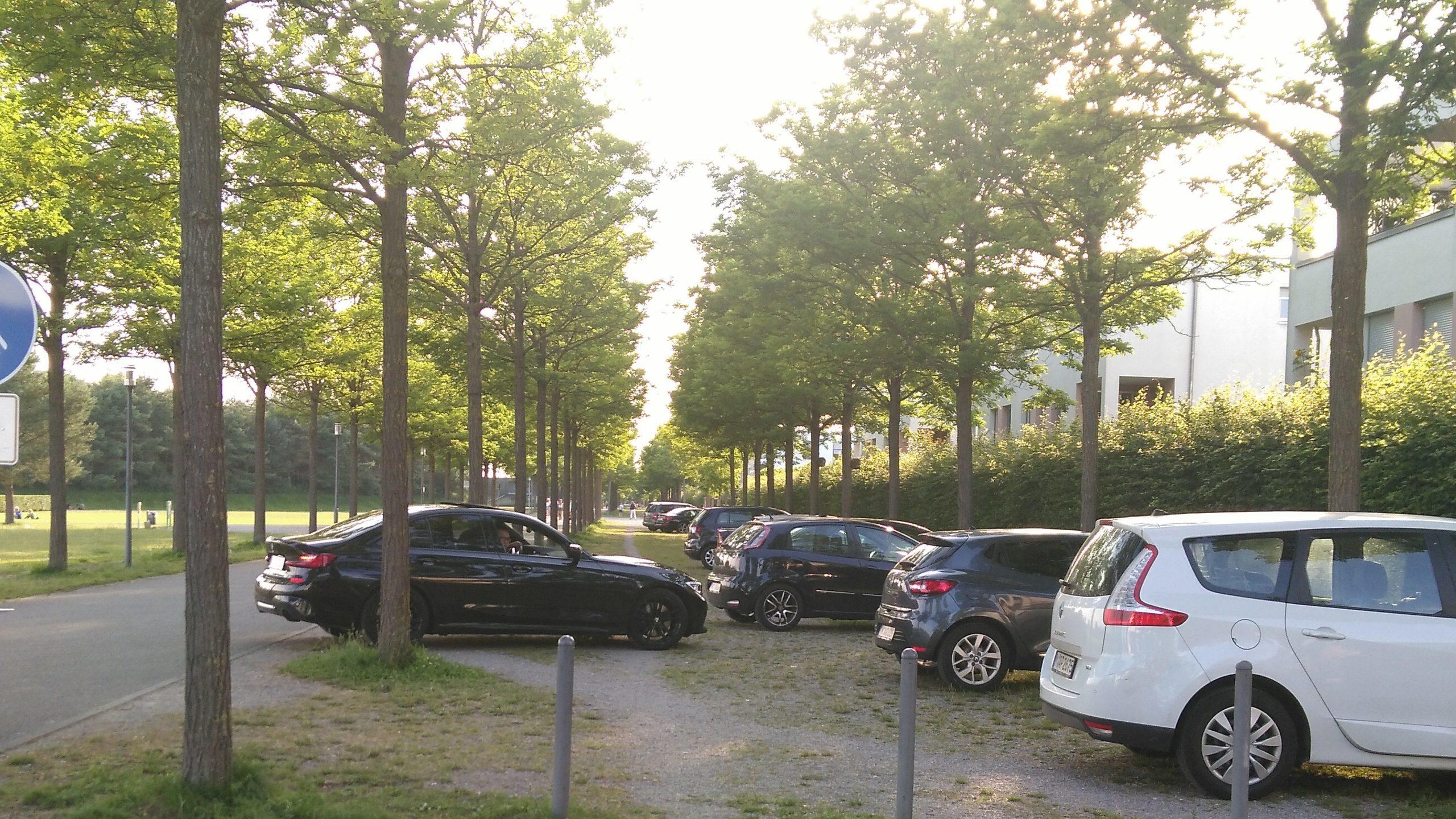 Schließung von Zufahrtswegen und Durchsetzung von Parkverboten